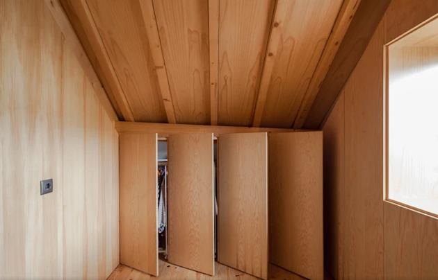 Wardrobe Design in Attic Dressing Room