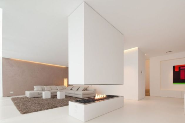 White Living Room Idea With Rug