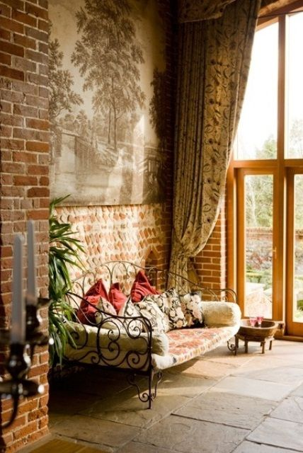 Vintage Refined Living Room With Brick Walls