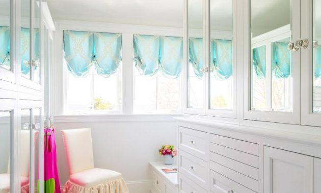 Single Style By The Sea - Traditional Closet Design, Boston