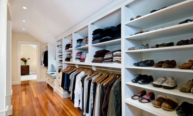 Traditional Closet Design By Landmark Services Inc.