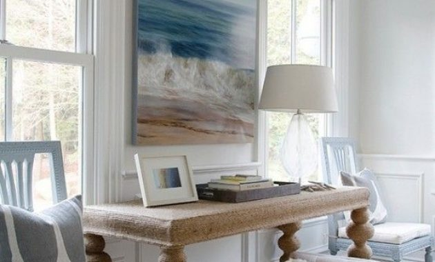 Beachy Living Room With A Gorgeous Artwork