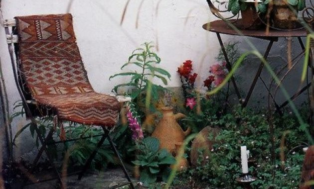 Boho Vintage Terrace Design Ideas With Forged Furniture And Boho Textiles