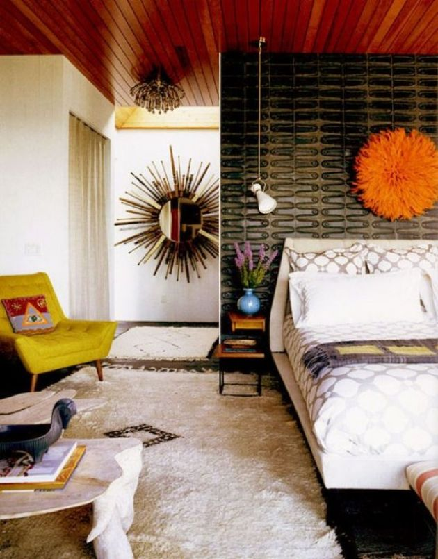 Bright Mid-Century Modern Bedroom With A Catchy Black Wall