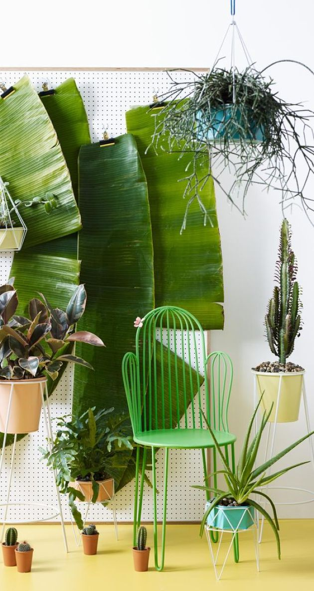 Fun Green Cactus-Shaped Chair For Room Decor
