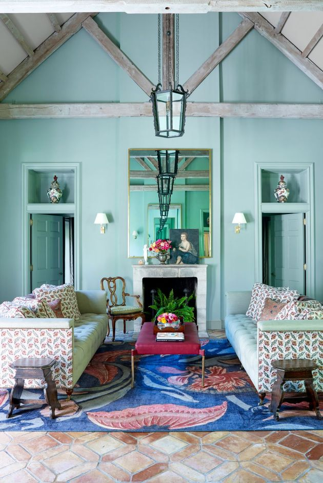 Living Room Decorating Ideas By Using Your Favorite Color