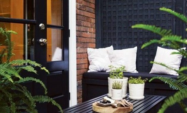 Moody Small Terrace Design Ideas With Black Furniture And Rugs