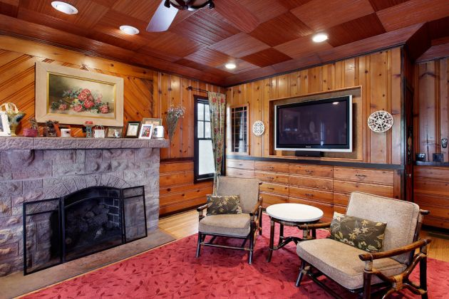 Traditional Red Living Room Design Ideas By Architecturally Speaking
