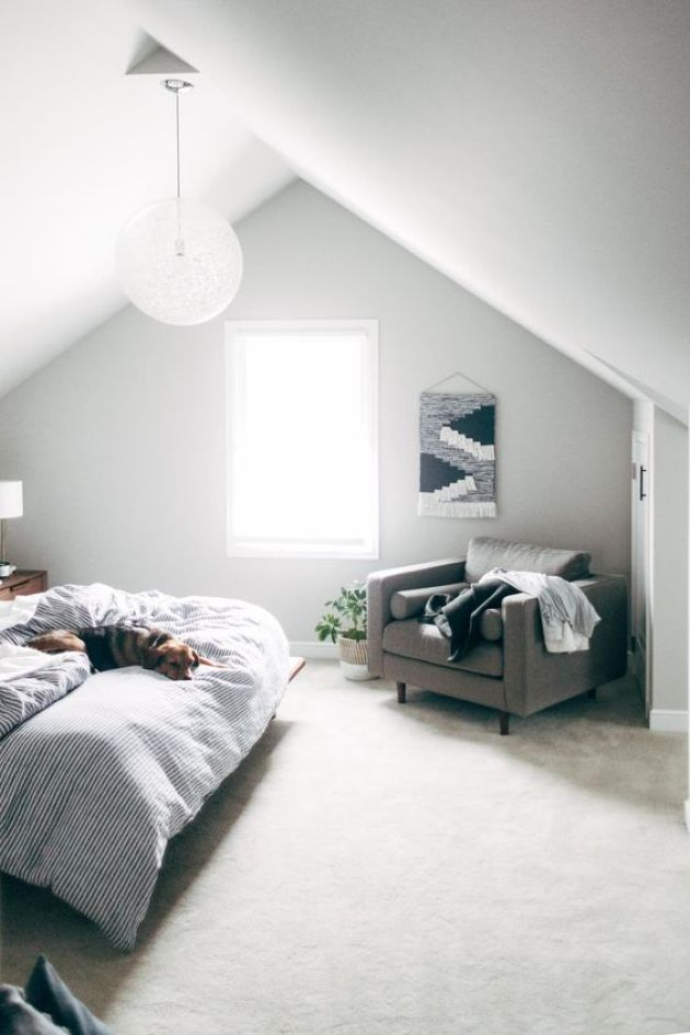Attic Bedroom Decor With Comfy Chair
