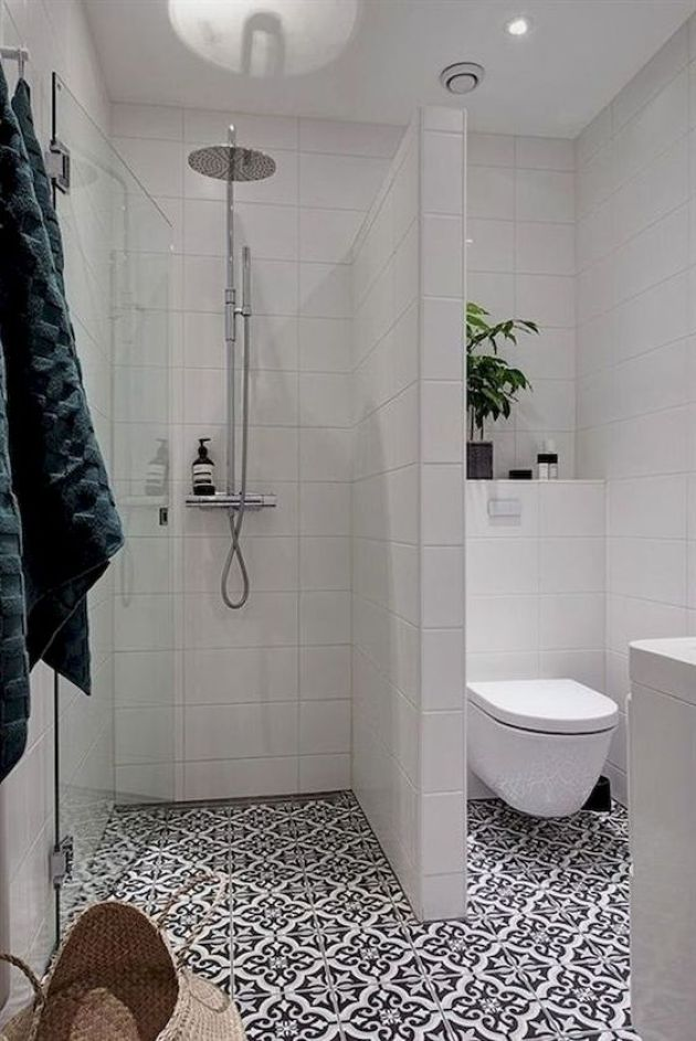 Contemporary Small Bathroom With Mosaic Tiles And White Tiles On The Walls