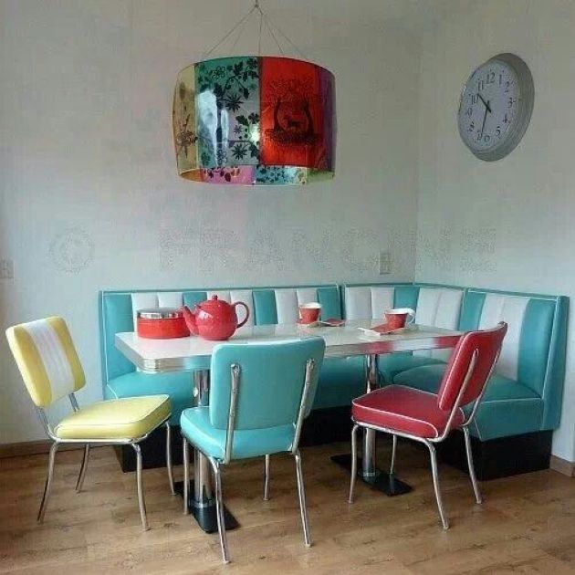Retro-Inspired Kitchen In Turquoise, Red And Yellow