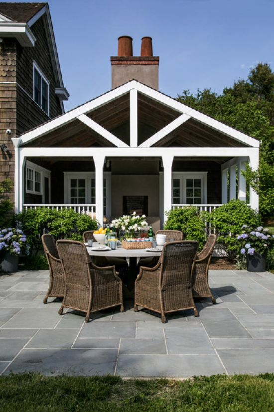 Beach Style Patio Design Ideas By Chango & Co