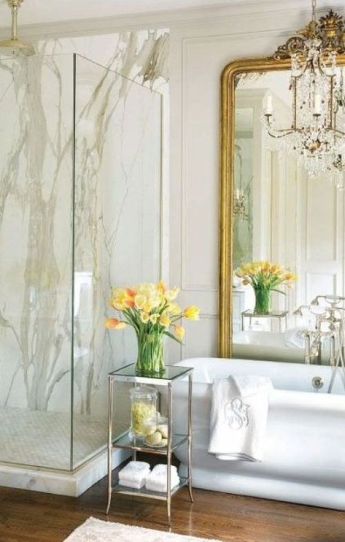 Chic Vintage Bathroom With White Stone Tiles