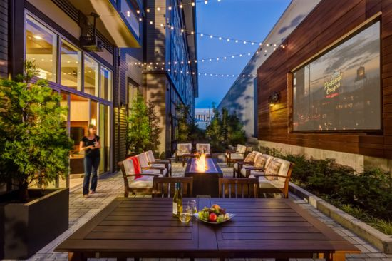 Contemporary Patio Design Ideas By Shapiro Didway