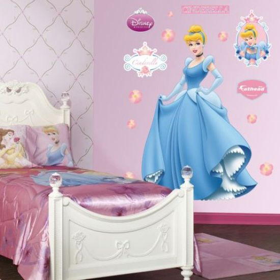 Disney Princess Themed Kids' Room In Pink With Art On The Wall