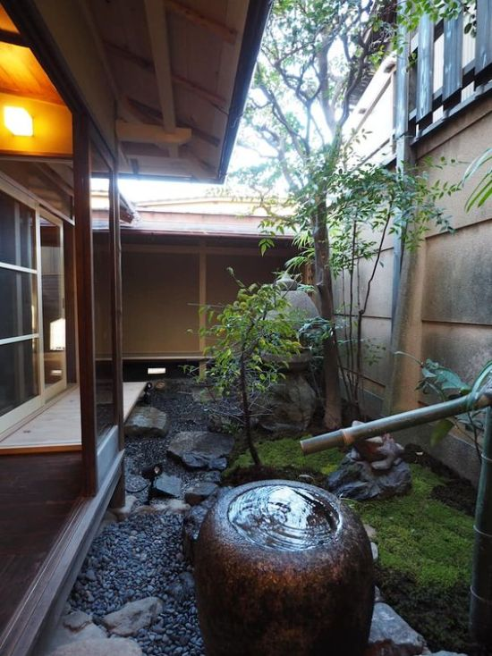 Fresh Japanese-Inspired Courtyard Design Ideas