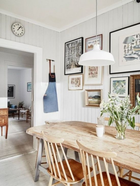Modern Farmhouse Dining Room With A Chic Wooden Dining Set