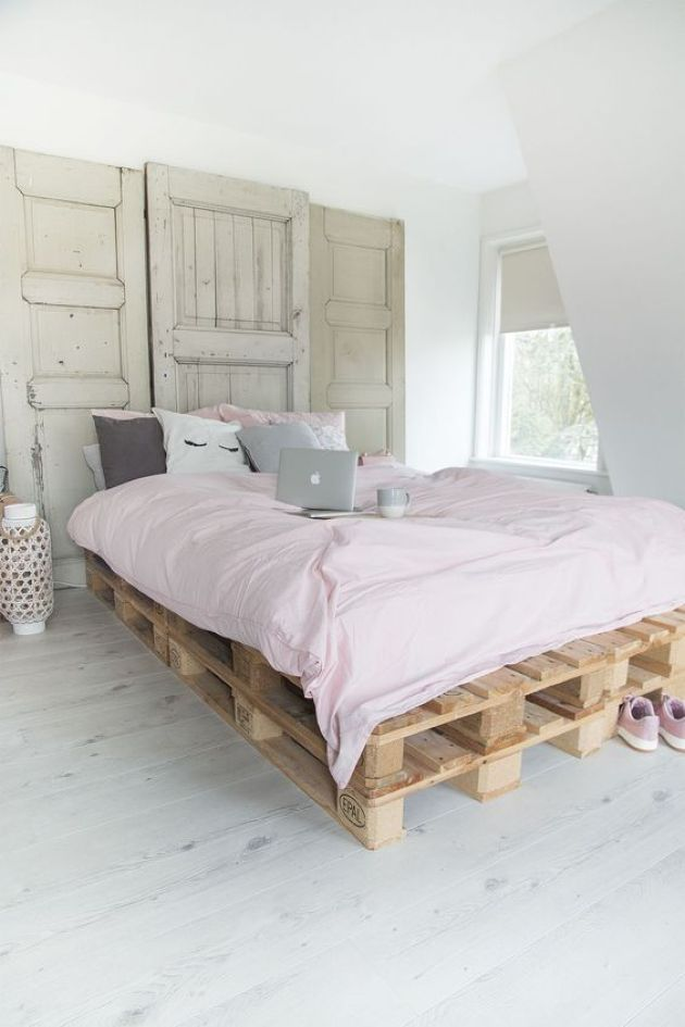 Pallet Bed With Some Pastel Bedding
