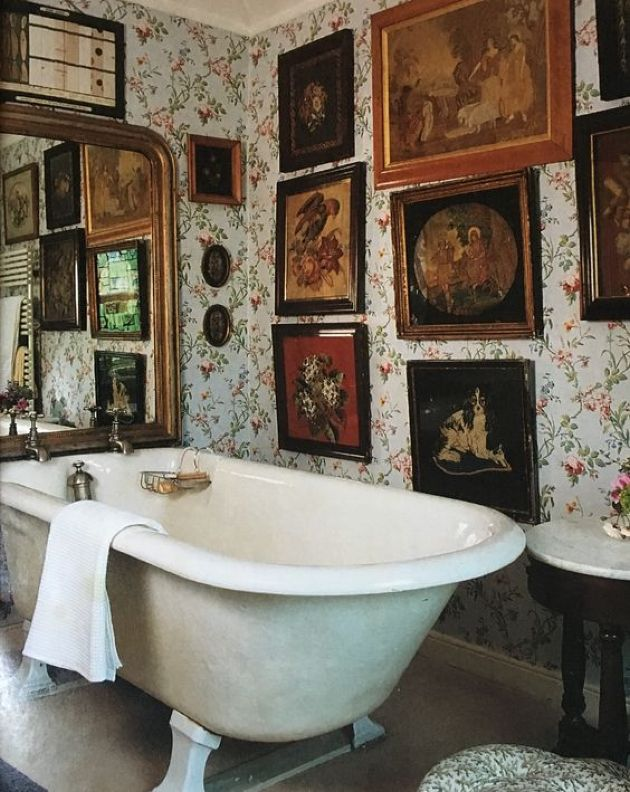 Wall Bathroom Decorating Idea With Framed Vintage Artworks