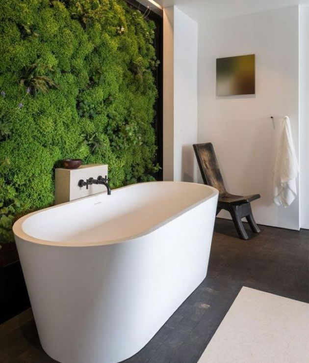 Wall Bathroom Decorating Idea With Living Moss Wall