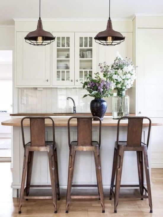 Amazing Aged Metal Pendant Lamps That Echo With The Stools And Create A Mood In The Kitchen
