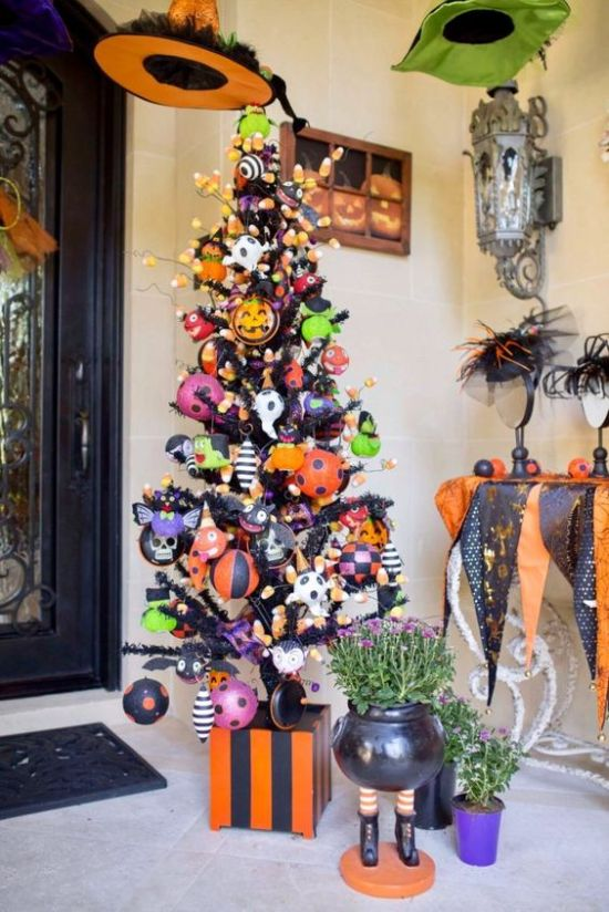 Halloween Tree Decoration Ideas With Orange Plus Black And Green Ornaments Plus Candy Corns And Ghosts