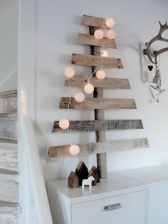 Scandinavian Christmas Decorating Ideas With A Simple Christmas Tree Made Of Reclaimed Wood