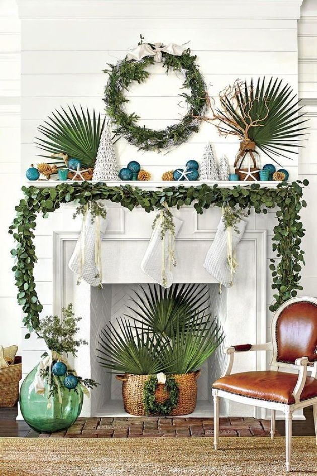 Beach Christmas Decor With Greenery Garland