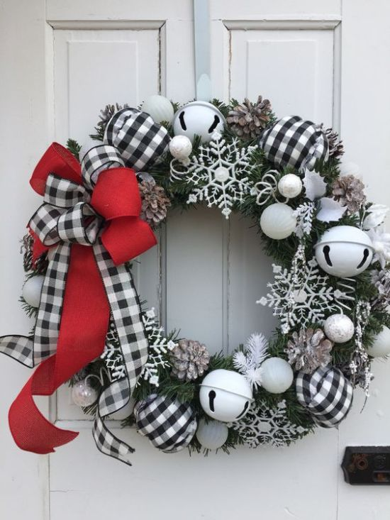 Christmas Décor With Pinecones And A Red And Buffalo Check Bow