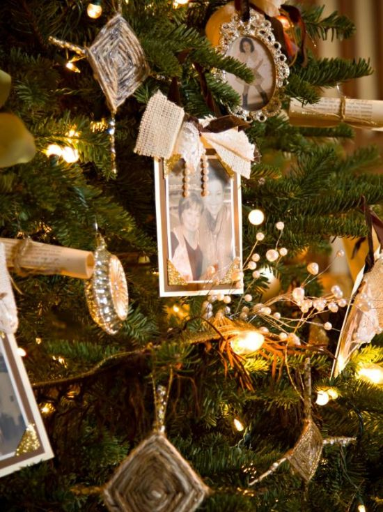 Christmas Tree Decorating Idea With Photos On Vacations
