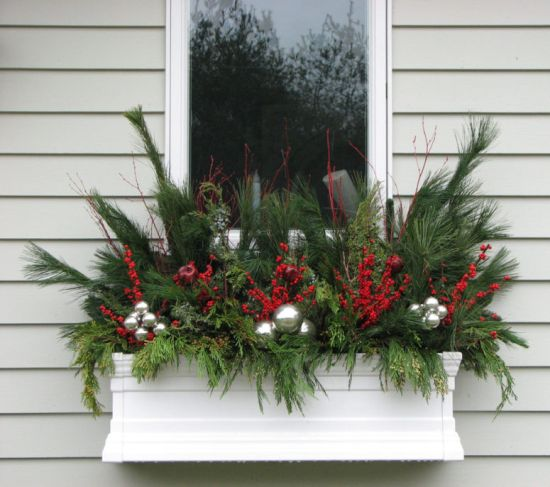 Christmas Window Decoration Ideas With Evergreen Twigs