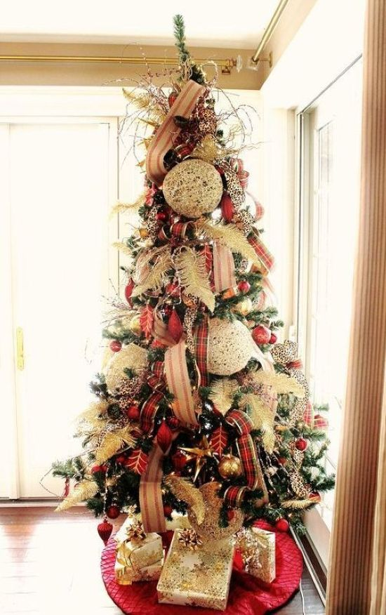 Oversized Christmas Ornament Ideas With Striped And Plaid Ribbons