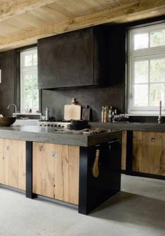 Rough Kitchen With A Wabi-Sabi Look