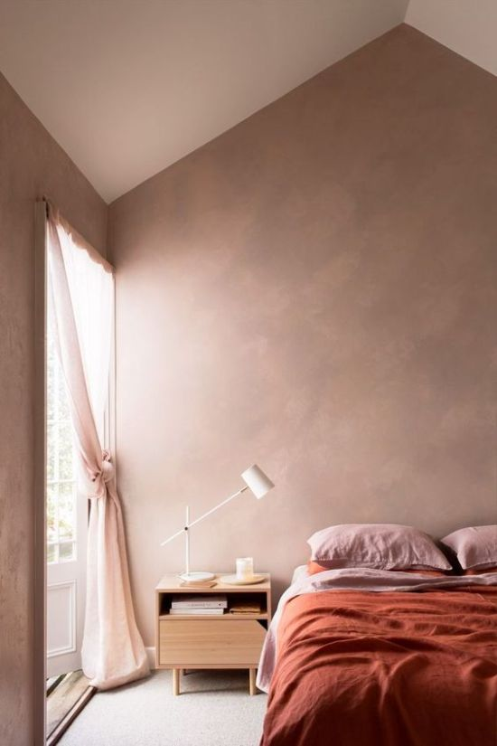 Airy Earthy Tone Bedroom With Touches Of Pink