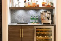 Contemporary Home Bar Ideas By d2 interieurs