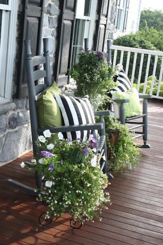 Spring Porch Decor Idea With Bright Pillows
