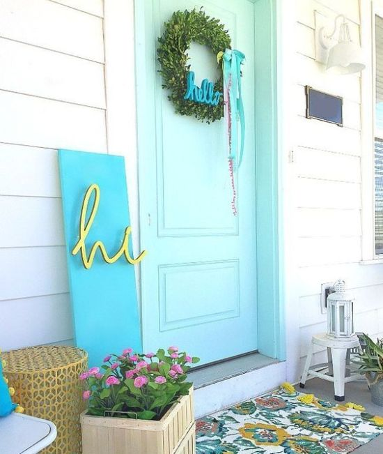Spring Porch Decor With Potted Blooms