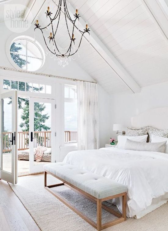 Airy And Elegant Bedroom With Much Negative Space