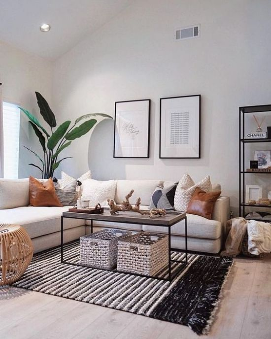 Living Room Decor With Baskets And Pillows Of Leather And Crochet