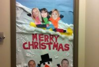 office funny Christmas door decorating contest ideas by Loamping